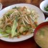 たっぷり野菜炒め定食
